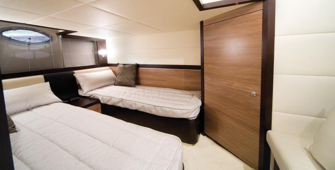 Ibiza boat charter Astondoa 40 Open